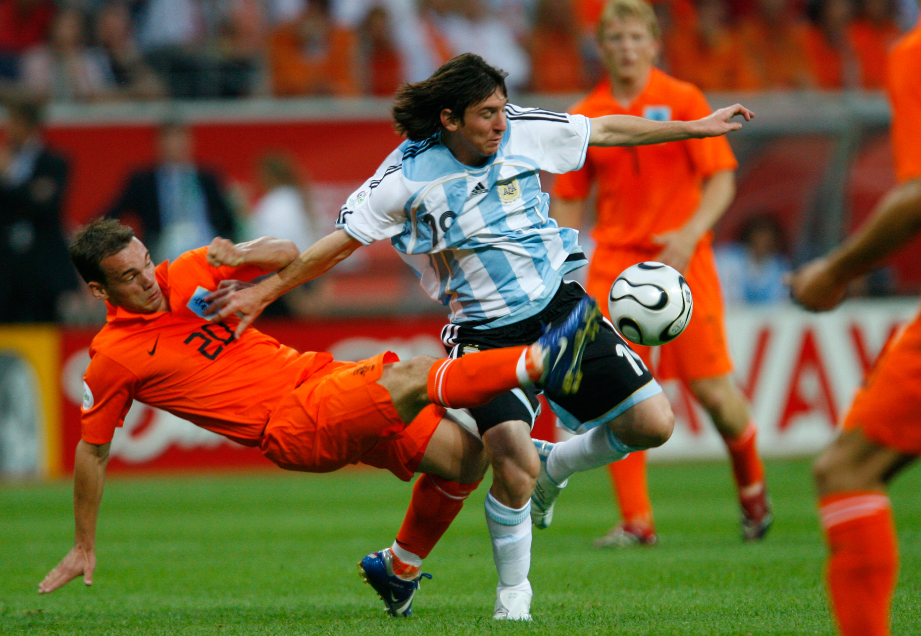 Lionel Messi (Argentina) and Wesley Sneijder(Holland)